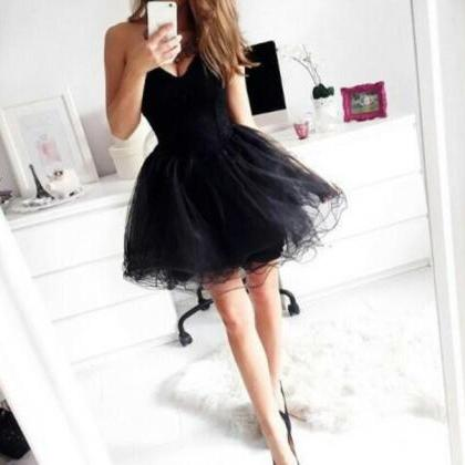 Pretty Black Short Homecoming Dress..