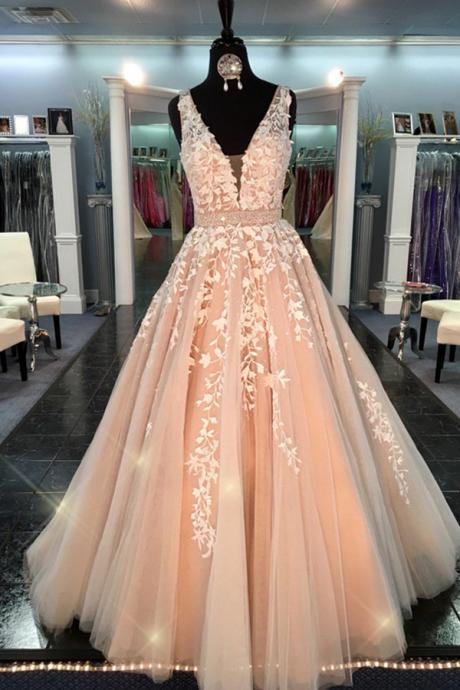 Deep V-neck Prom Dresses,Handmade Prom Gowns,Lace Tulle Quinceanera Dresses,Modest Prom Gowns,A-line Dresses,Cute Dresses DR0230